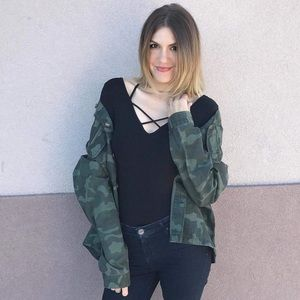 b75915ed9f8 Urban Outfitters Oversized army utility jacket